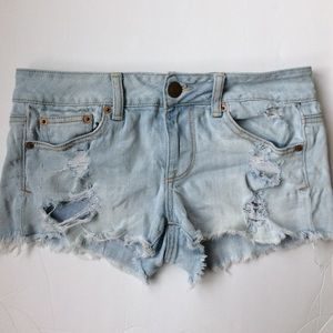 American Eagle outfitters stretch distressed short